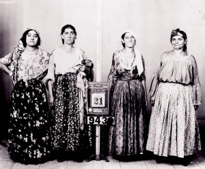 Gypsy women Roma arrest New York 1934