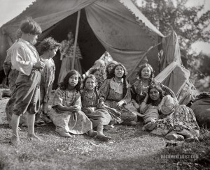 gypsies._1923