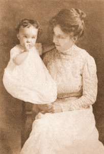 Pearl_Abigail_and_baby_Priscilla_Eggleston.r