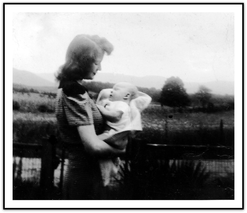 Ruth Berryman and Teddy 1943 Shenandoah.r