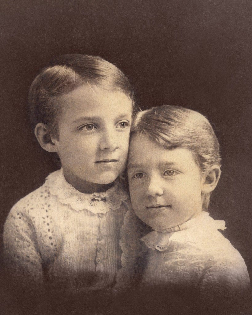 Pearl_Abigail_Eggleston_and_friend_c.1885.r
